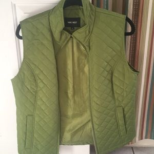 Nine West Chartreuse color zip up vest